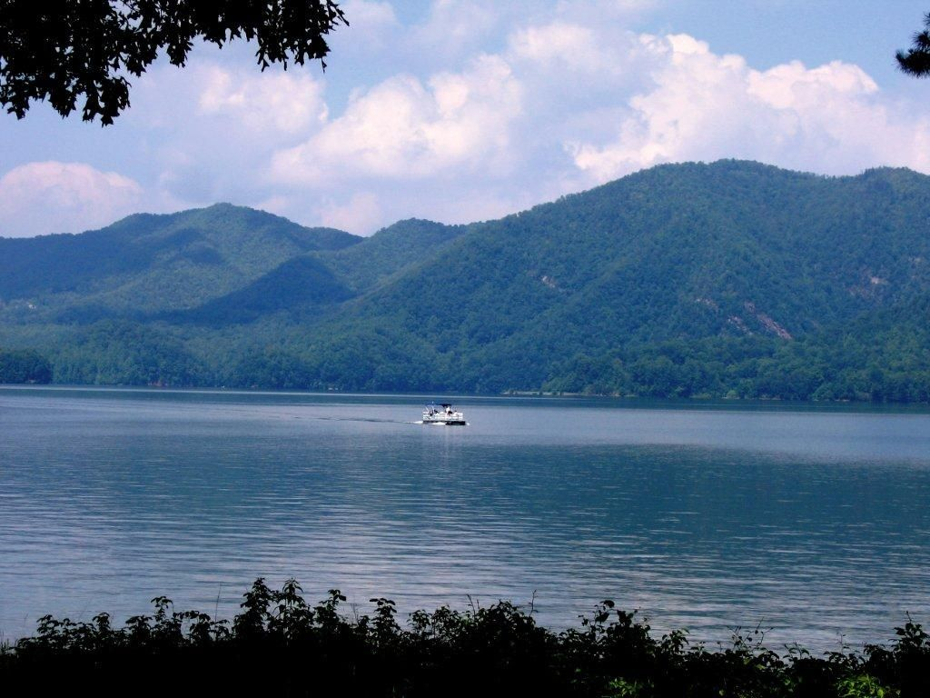 Watauga Lake Tennessee Images Watauga Lake Fun Facts Places To Visit Watauga Lake Places