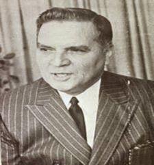Wolfang Larrazabal Profesión: Militar Presidente de la Junta Militar que asumió el poder luego de la huida del Presidente Marcos Pérez Jimenez debido al Paro Nacional y las múltiples manifestaciones en su contra. Período de gobierno: 1958