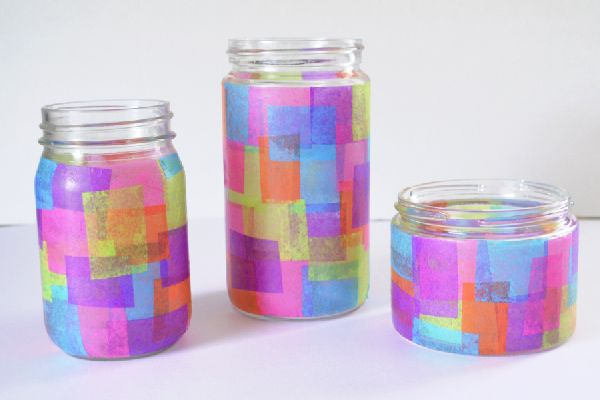 Easy kids craft: faux stained glass jars