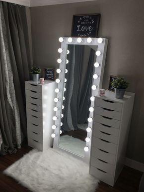 40+ Creative Teen Bedroom Ideas [Girl & Boy Bedroo