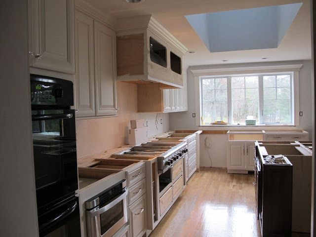 Anyone have Conestoga Cabinets in Crystal White or ...