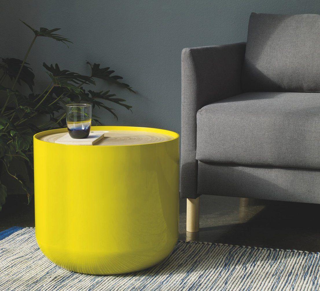 une table basse avec rangement pratique pour les petits. Black Bedroom Furniture Sets. Home Design Ideas