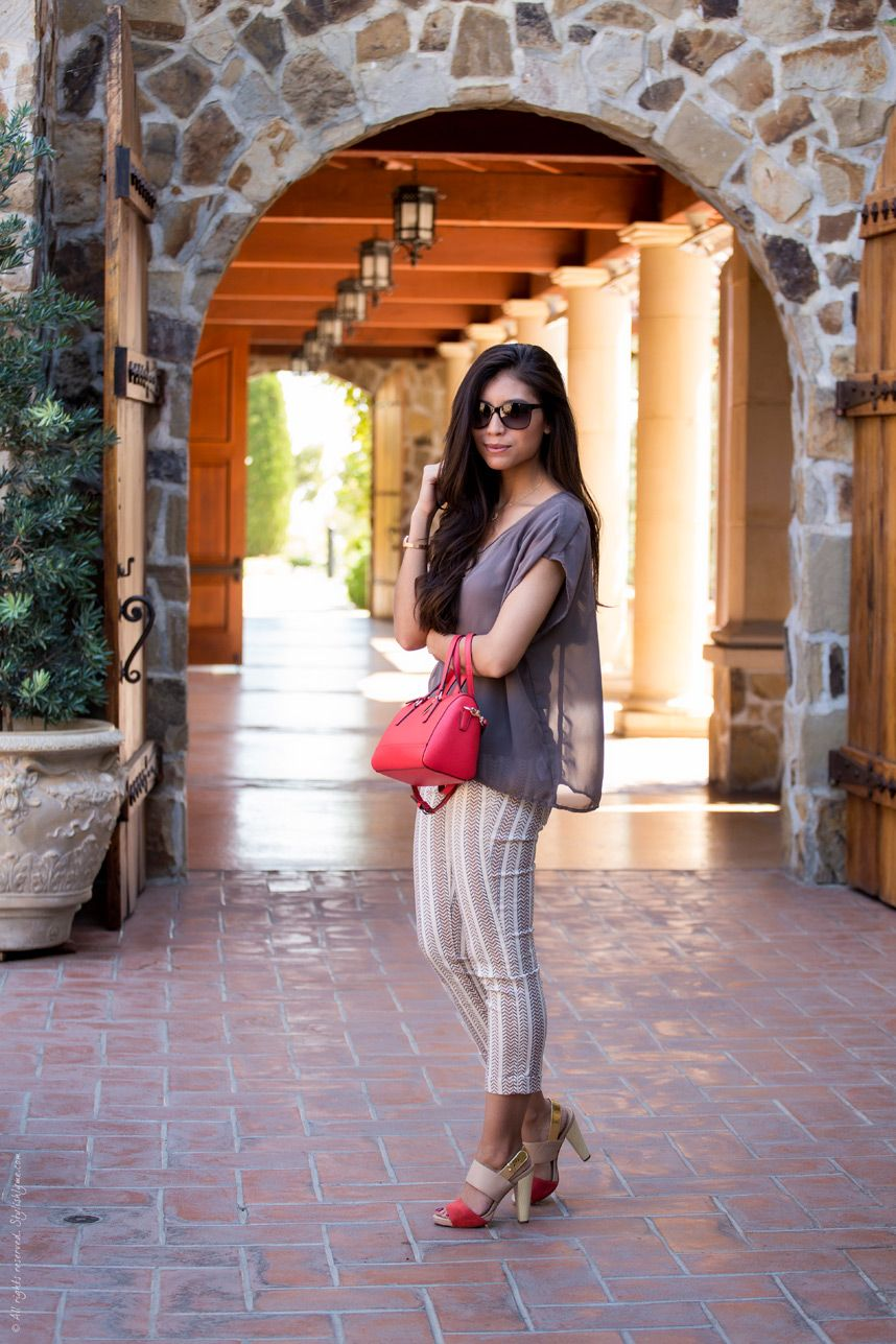 4e13b6d9ea49 What to wear wine tasting in Napa - Visit Stylishlyme.com for more outfit  inspiration and style tips