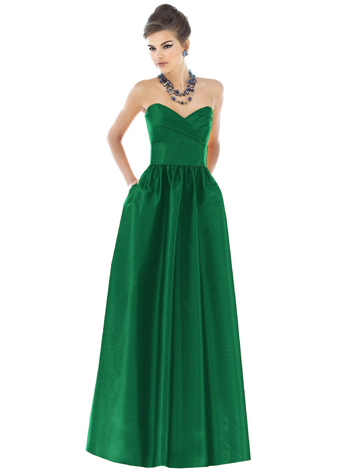 Gorgeous gown outfits pinterest gowns prom and emerald green