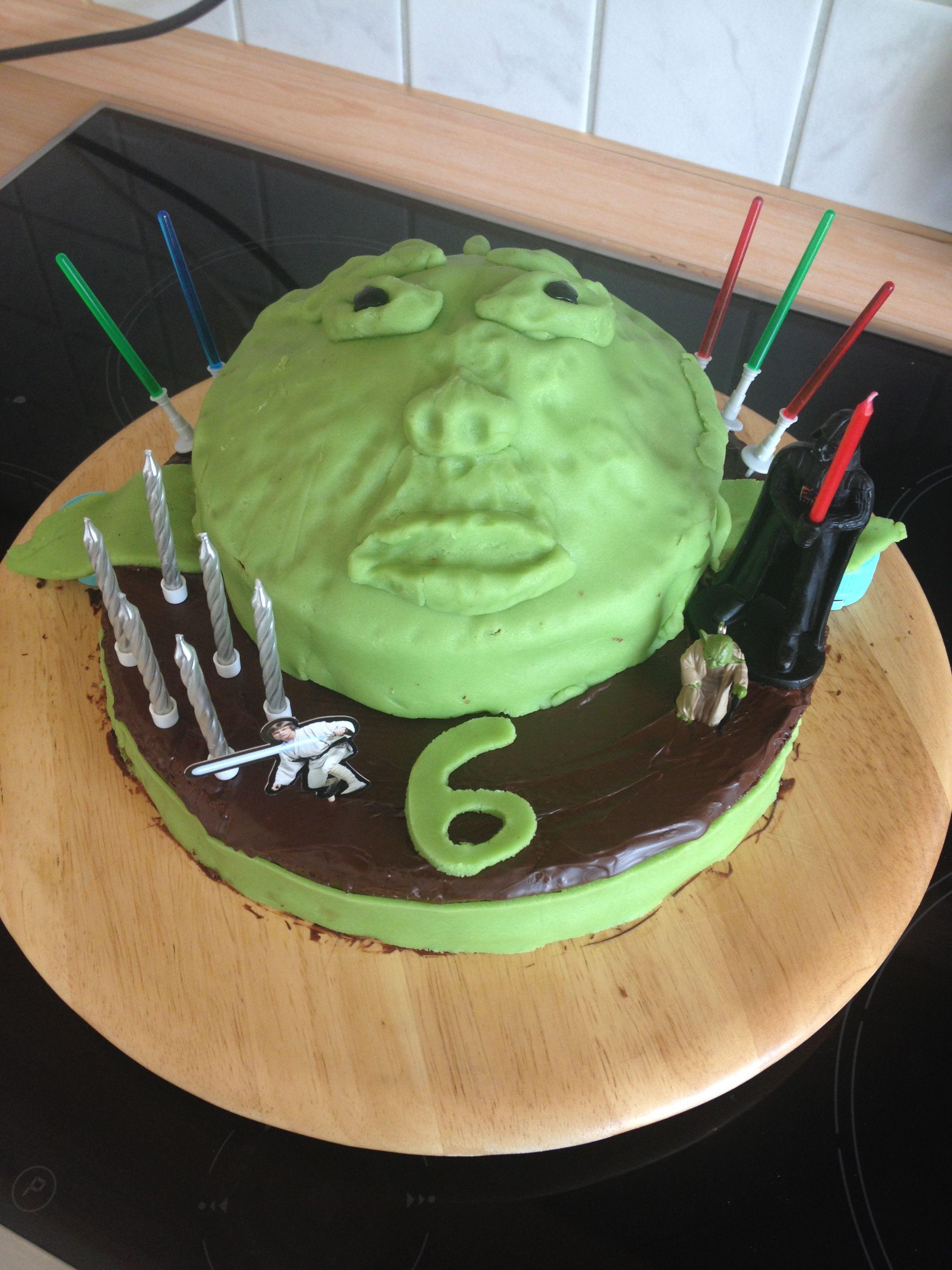 Yoda Torte Yoda Cake Nadines Torten Pinterest Yoda Cake Torte