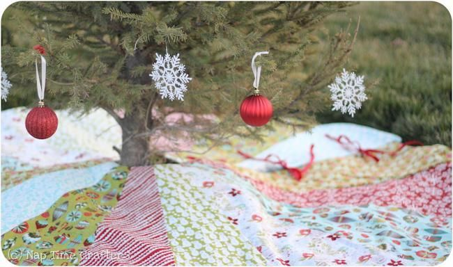 Free Sewing Pattern: Christmas Tree Skirt   Sewing for the home ...