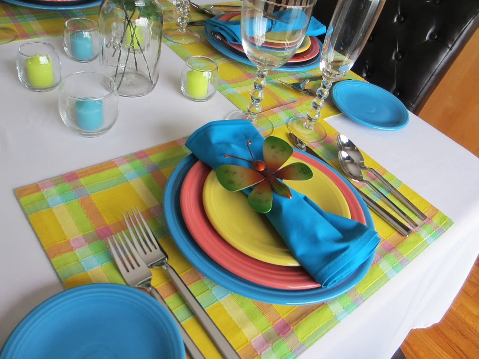 Fiestaware Table Settings | ... Fiesta dinnerware, naturally, since it comes in a variety of colors