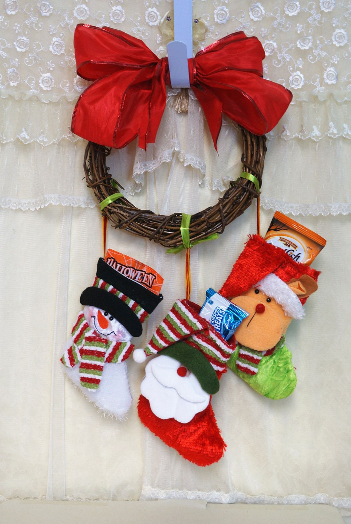 Candy Bags With Wreath For Christmas