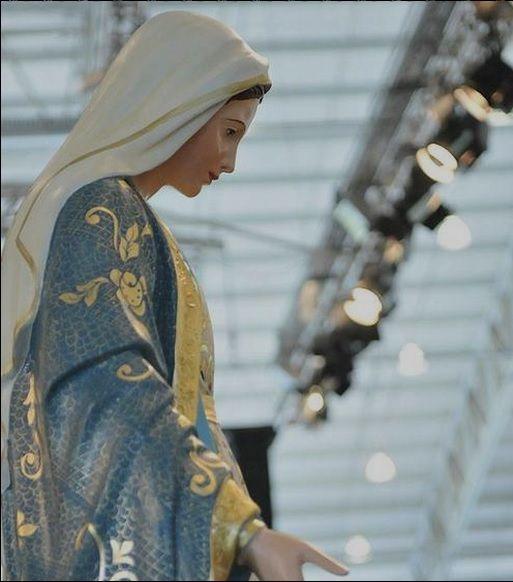 """""""Nunca se ouviu dizer que alguém tenha feito um pedido a Nossa Senhora e não tenha sido atendido!"""""""