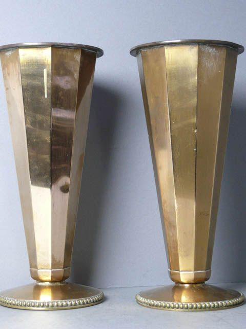 Art Deco Hexagonal Flared Brass Vase Vaso60000 Avaialble To Hire