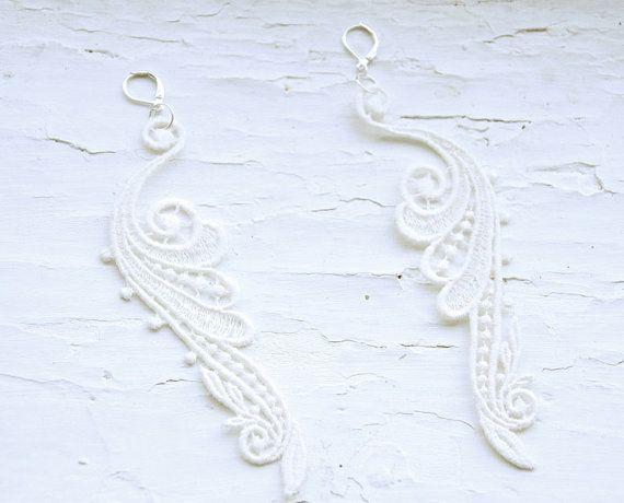 Drop lace earrings