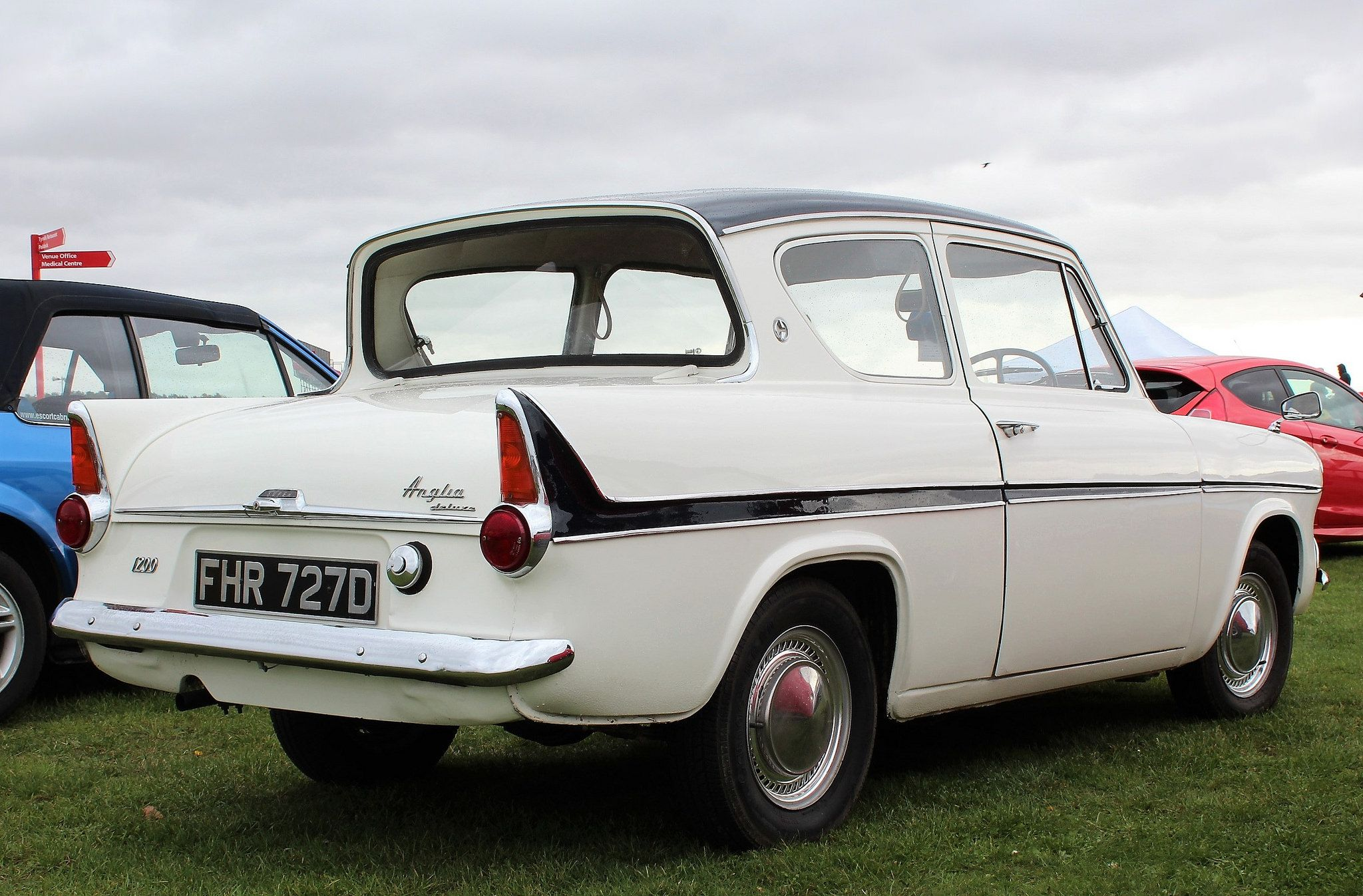 Fhr 727d 2 Ford Anglia Ford Classic Cars Car Ford