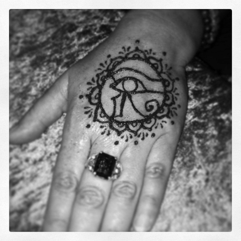 Henna Eye Tattoo: Henna Eye Of Horus With Lotus Border