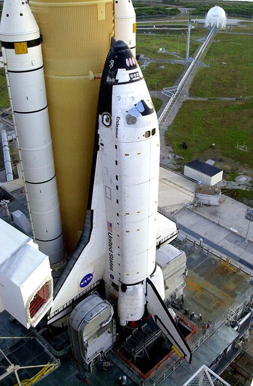 Space Shuttle Endeavour STS-11...