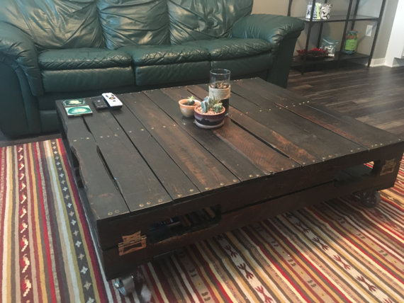Wood Pallet Coffee Table No WheelsLegs CoffeeTables Pinterest - Coffee table no legs
