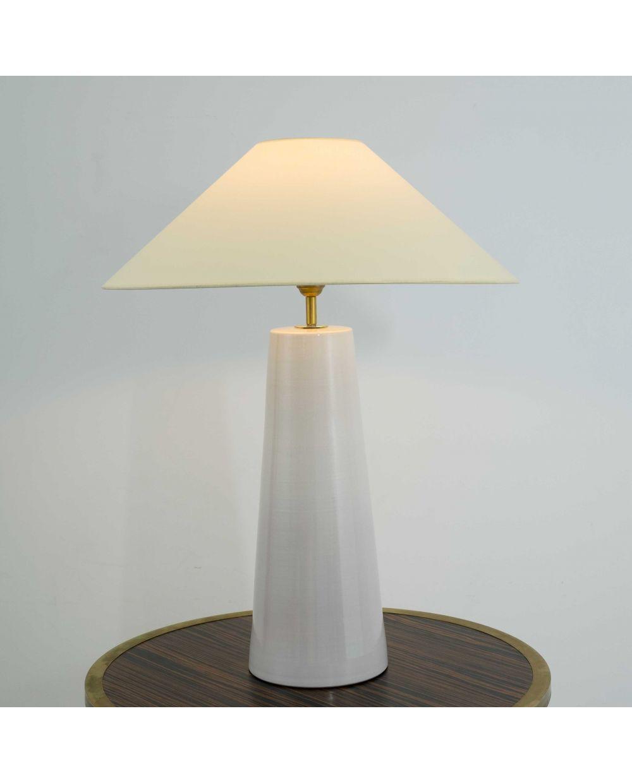 Lámpara de mesa en 2020   Lámparas de mesa, Decoración de