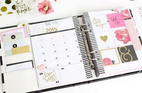 heidi swapp hello beautiful collection memory planner black and white binder includes one memory planner made of vinyl that features inside pockets