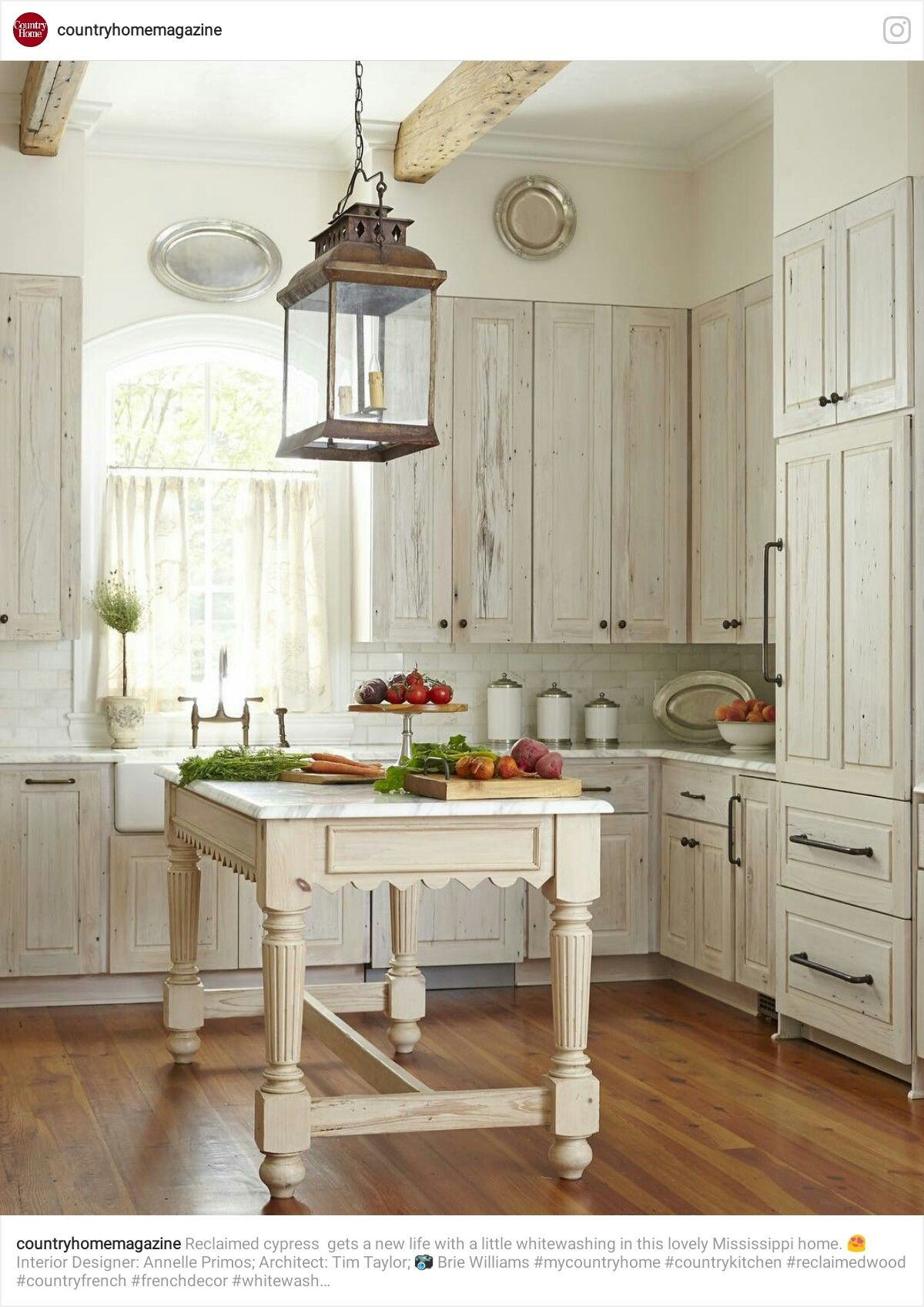 Pin By Yonnie Smith On Stylish Kitchens The Farmhouse Country Look With Images Kitchen Cabinets Decor Home Decor Kitchen Whitewash Kitchen Cabinets