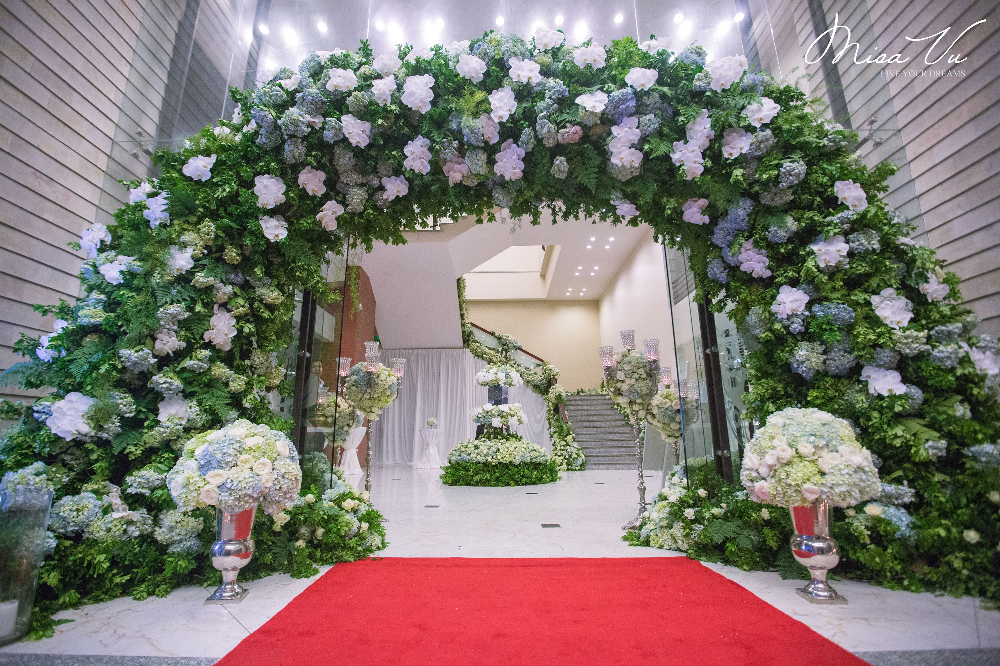 V Concept by Misa Vu Luxury Events Tung+Ha #misavuluxuryevents #MisaVu #Decorations #Angelic #Wedding #luxury #white #events #stage #aisle #architecture #party #space #sketch