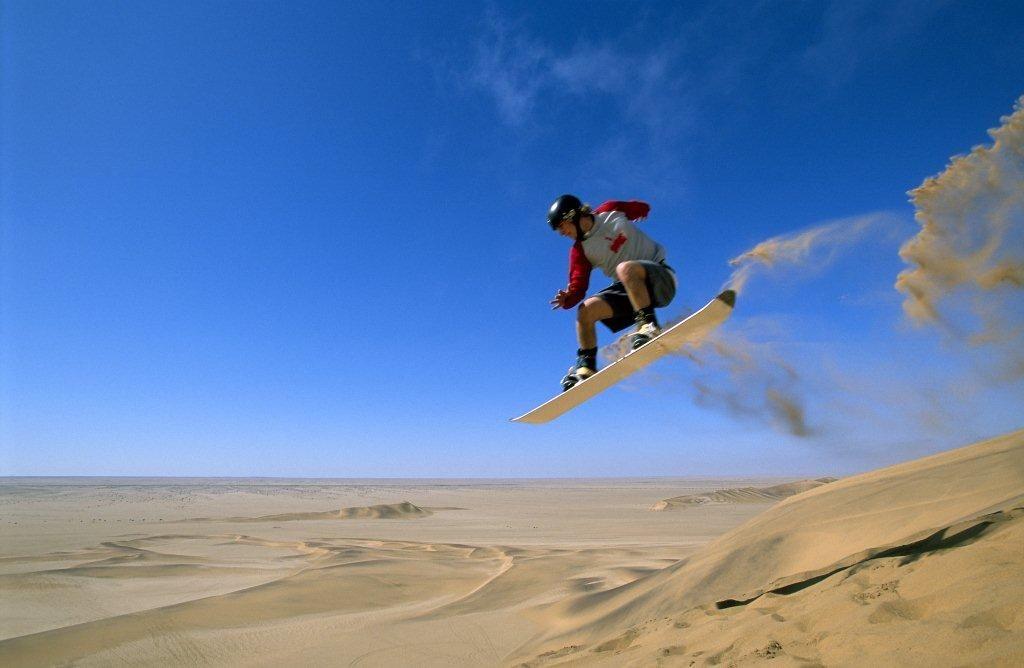Afbeeldingsresultaat voor sandboarding