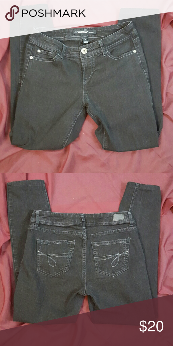 06e5bda2f216 Jordache Skinny Black Jeans Excellent condition and no signs of wear Length  of inside of the leg down is 26.5
