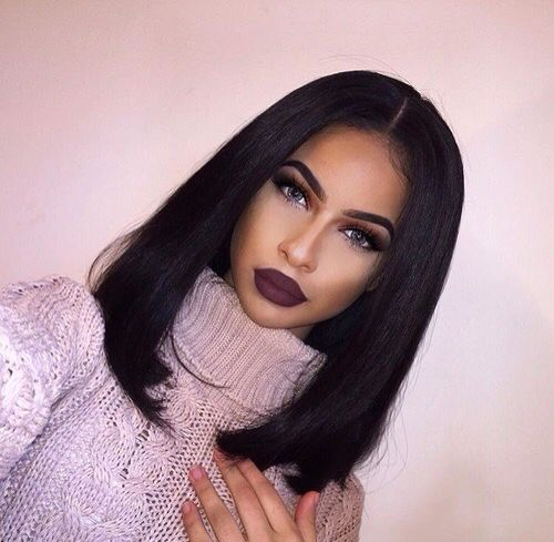 Straight Bob Hair With Middle Part Bobhair Hairinspiration Makeup
