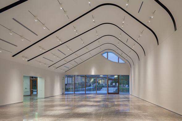 Adam Aronson Fine Arts Center at Laumeier Sculpture Park: Interior