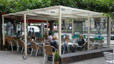 Estructura terraza exterior cafetería