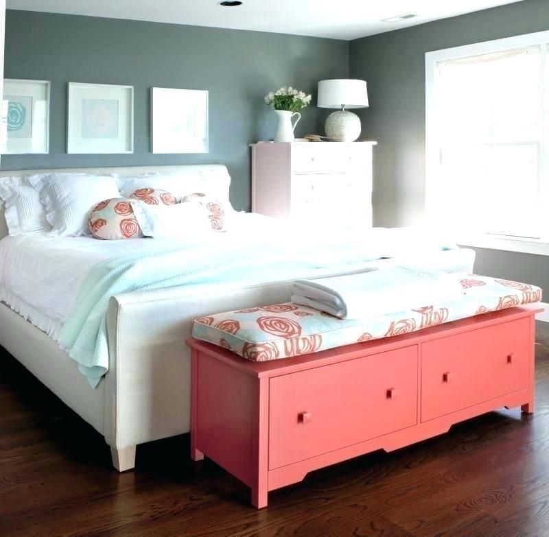 Foot Of Bed Furniture Bedroom Chest Childbearingyearresourcesinfo