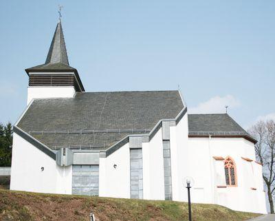 Hupert Spierling (1994) Dahlem-Berk, Kath. Kirche St. Briktius und Friedhofskapelle