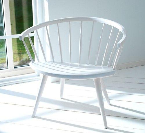 Arka chairs by Yngve Ekstrom (Stolab) http://www.svenssons.se/mobler/1042-fatoljer/416-arka_loungechair/25840-ljus_mattlack.aspx
