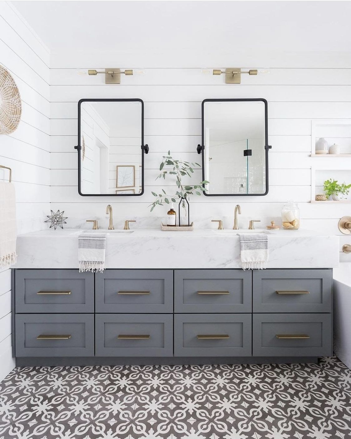 Pinterest Wanderer Hampton Style Bathrooms Bathroom Styling Modern Bathroom