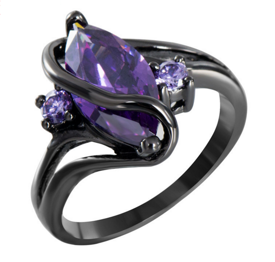 Amethyst Charming S Shaped Black Gold Ring Gothic wedding