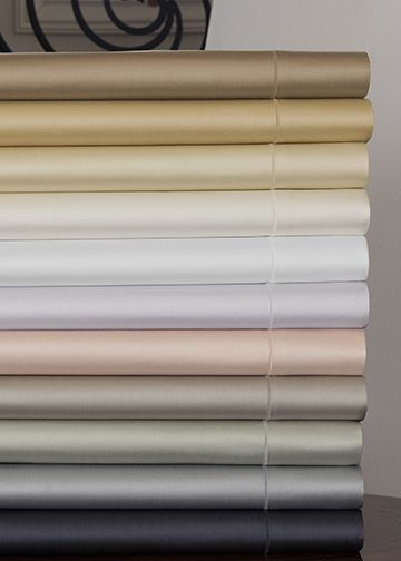 SFERRA's best-selling sateen, Giotto, now introduced in a pearlescent Opal