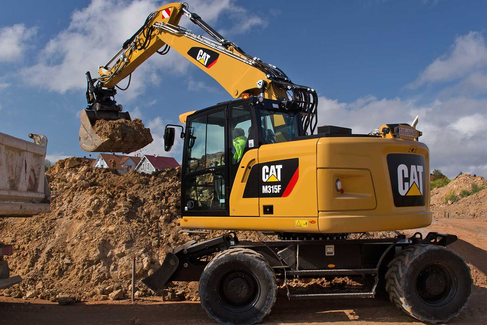 There are two new Caterpillar digger models M315F (service