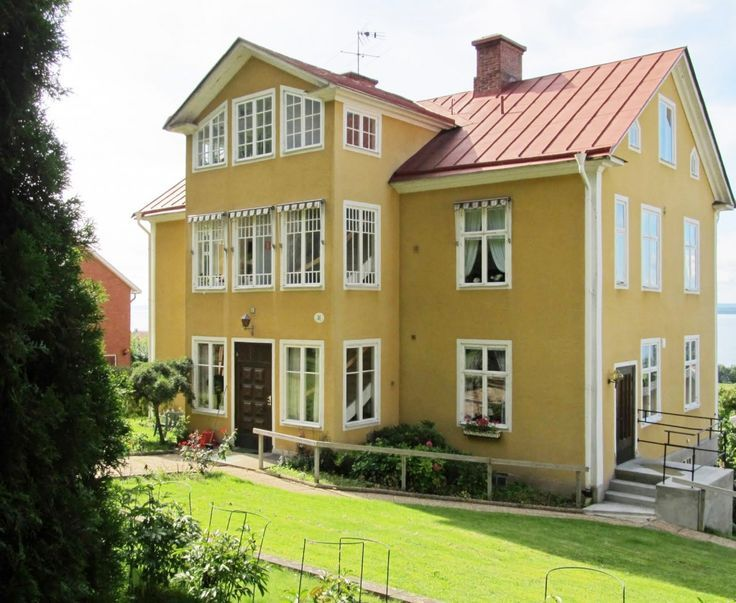 Image result for colonial homes with metal roofs outside