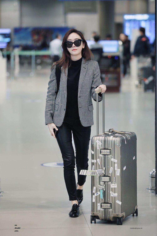 Jessica Jung Airport Fashion 161029 2016 Fashion Pinterest Jessica Jung Airport Fashion