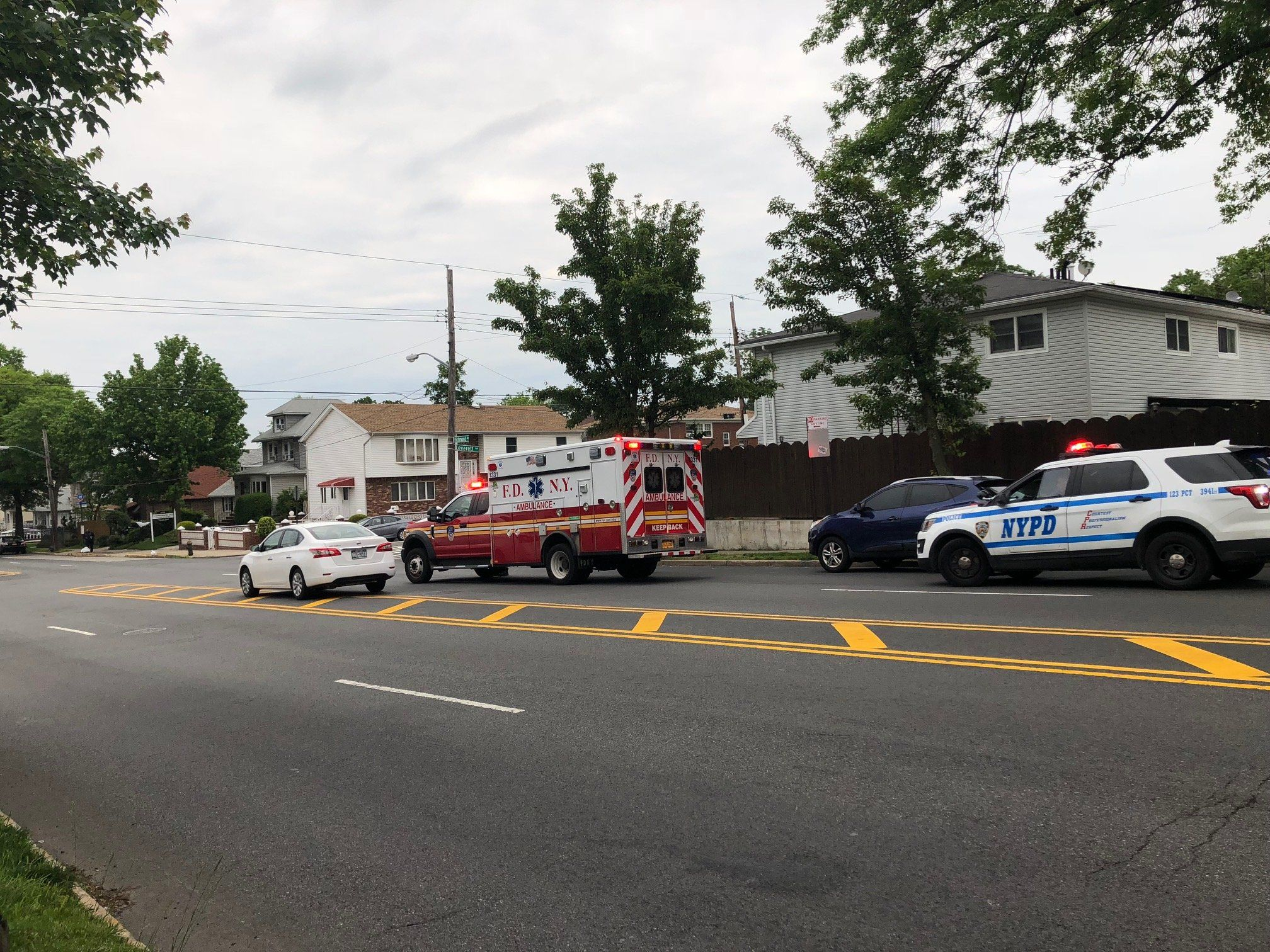 Crash On Richmond Avenue In Eltingville On Thursday Richmond Crash Avenue