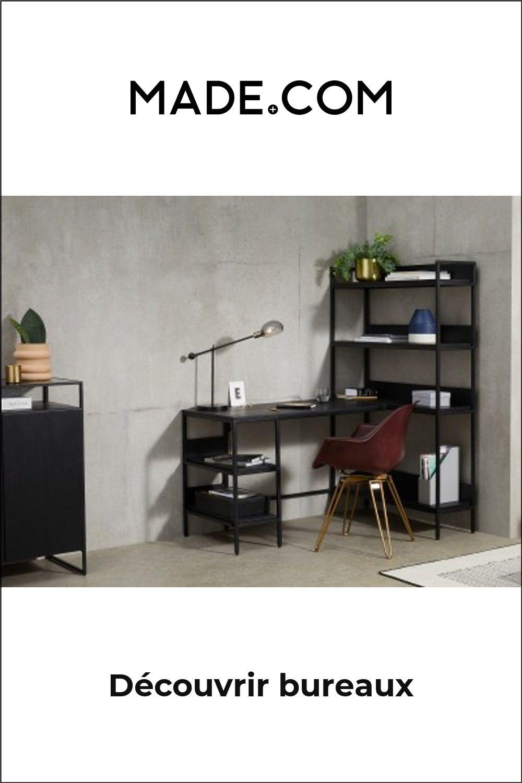 Lomond, bureau d'angle modulable et étagères, bois de manguier noir et métal anthracite brossé . Le bureau d'angle Lomond optimisera votre espace. Assorti d'une bibliotheque et d'etageres de rangement dans sa partie basse, il est ideal pour accueillir vos dossiers mais aussi pour mettre vos objets deco en valeur. Vous pouvez choisir de quel cote mettre l'etagere, a gauche ou a droite. Beau boulot.