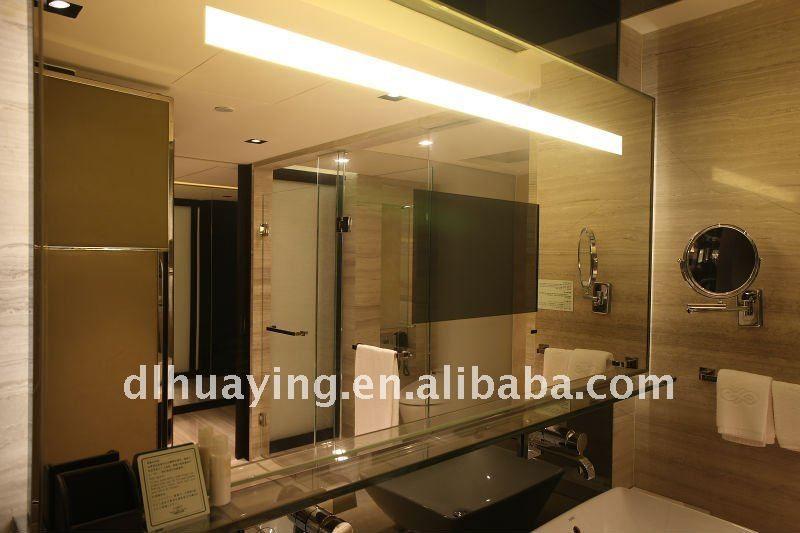 cuarto de baño enmarcada espejo de tv | Decorando con poco dinero by ...