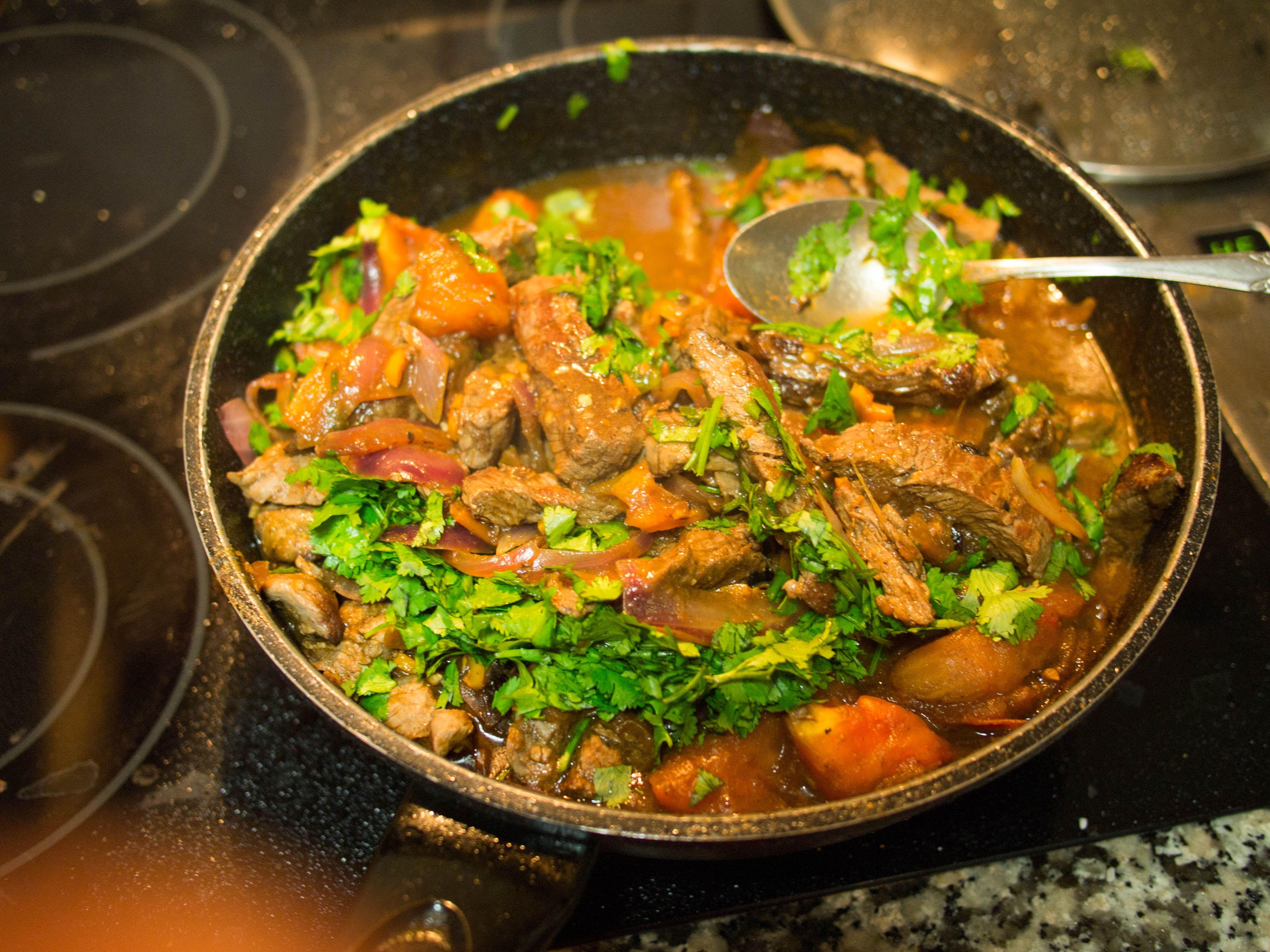 Lomito saltado – Ají está el arroz