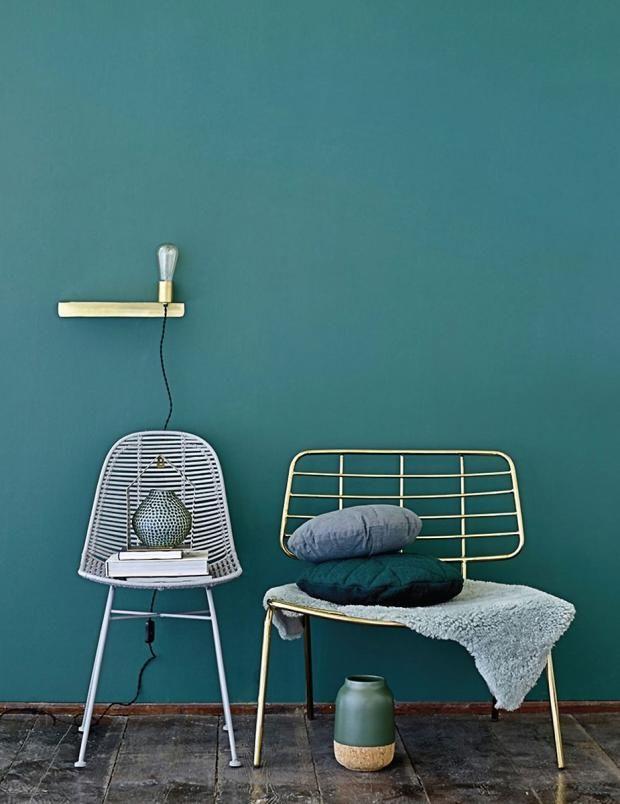 petrol als wandfarbe so wird sie kombiniert petrol wandfarbe und m bel. Black Bedroom Furniture Sets. Home Design Ideas