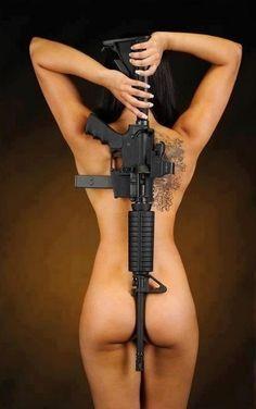 Guns and girls #sexy #femalebody #profollica #lingerieguns