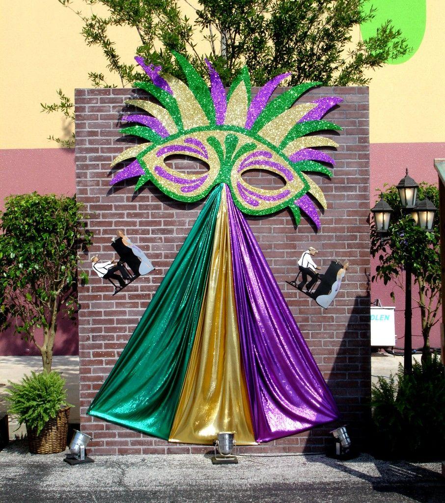 Wall Event Decoration : Mardi gras brick wall vignette orlando corporate event