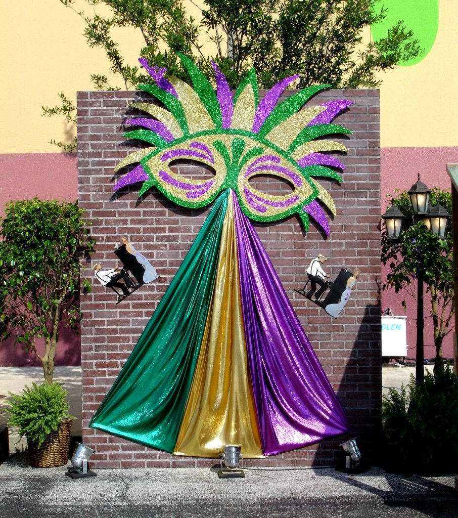 af234bd44b7 Mardi Gras – Brick Wall Vignette   Orlando Corporate Event Decor ...