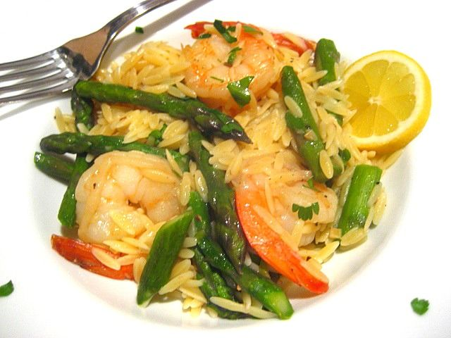Shrimp and Asparagus Mock Risotto    {uses orzo}