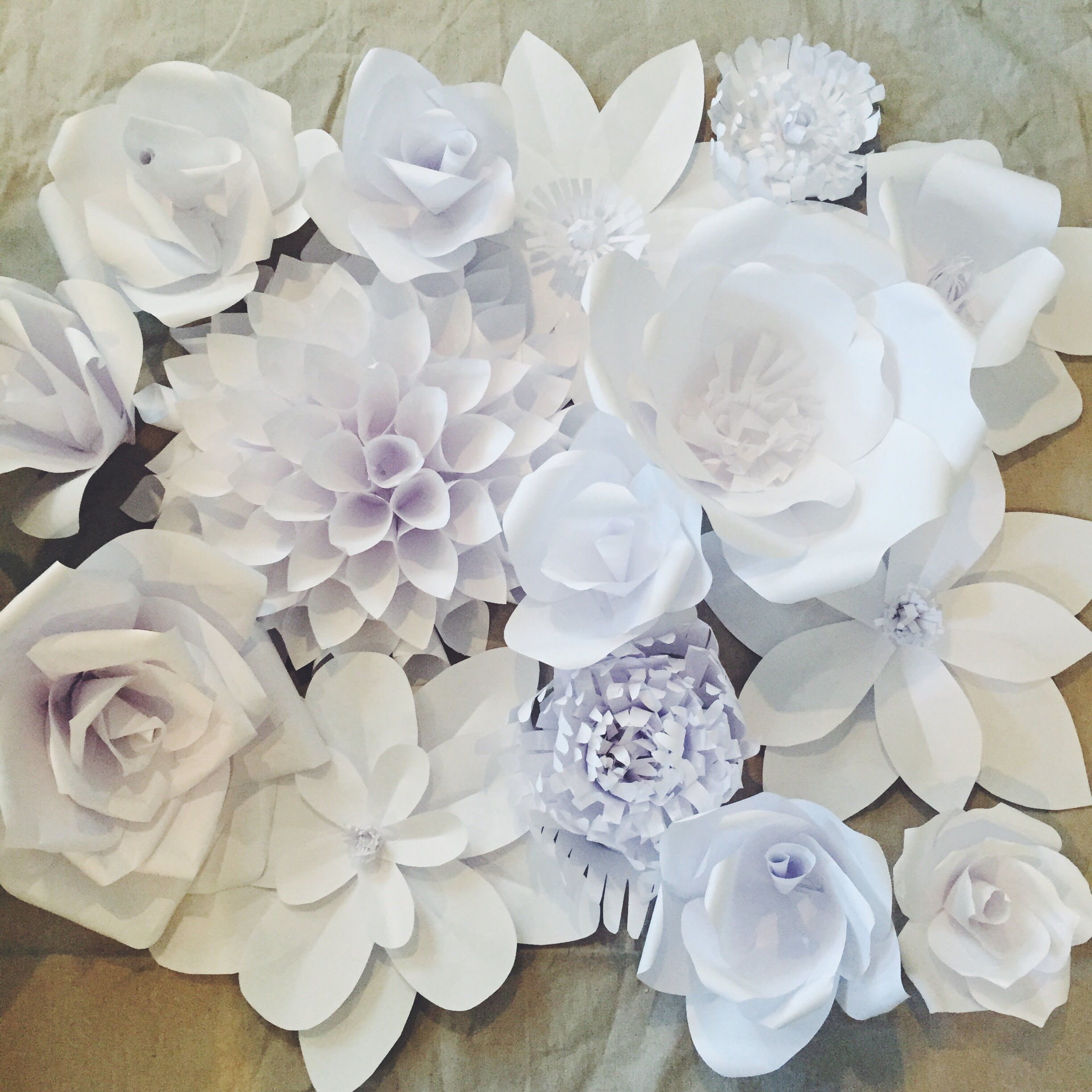 Creating A Paper Flower Backdrop Flower 1 Partydecorating Ideas