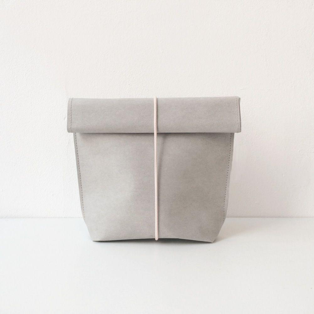 Image of KAMI. cosmetic bag – grey