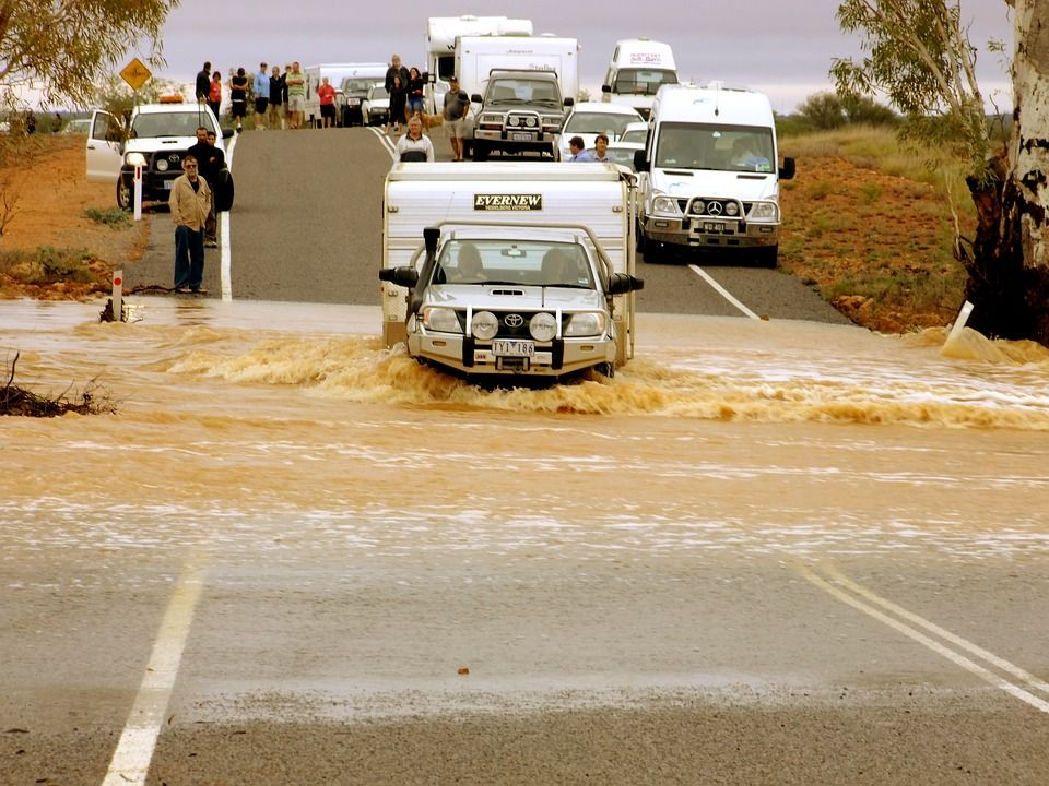 What To Do In A Flood Flood Business Insurance Car Insurance