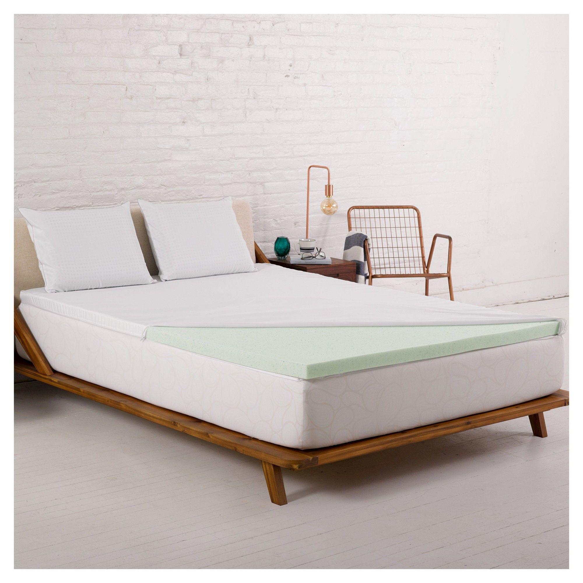 2 temperature regulating gel foam mattress topper with cover